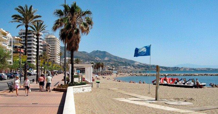 Three blue flags awarded to Mijas beaches